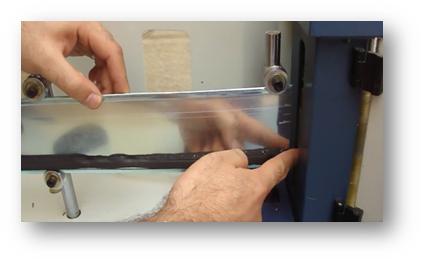 خم نمودن ورقه ها با دستگاه ساخت تابلو چلنیوم