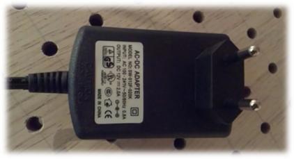 مشخصات تغذیه در ساخت تابلو چلنیوم با آمپراژ و ولتاژ مناسب
